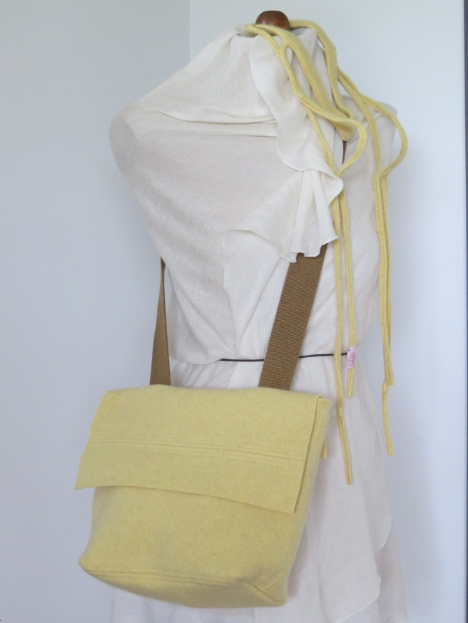 My new design for fall...a front flap bag that cinches closed. This one is cashmere. Ooh.